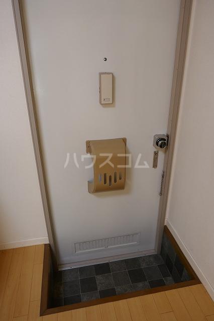 ミュゲー二番館 105号室のキッチン