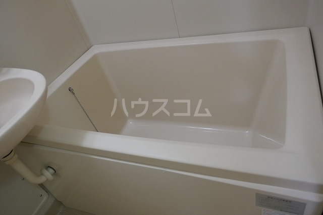 ミュゲー二番館 107号室の風呂