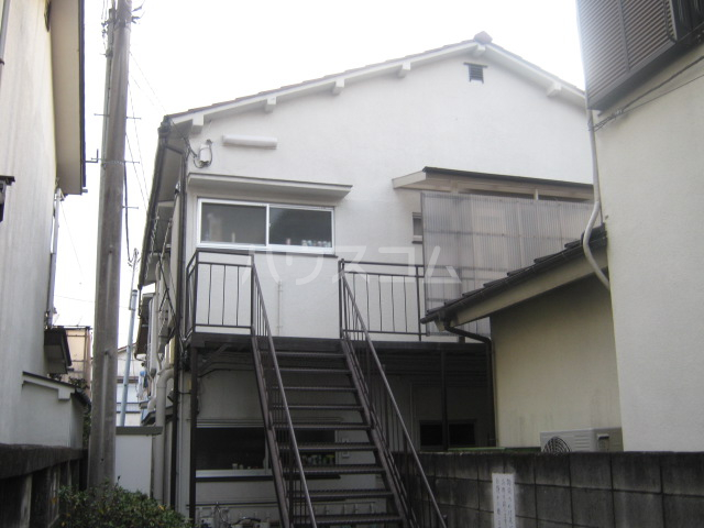 吉田荘 207号室のエントランス