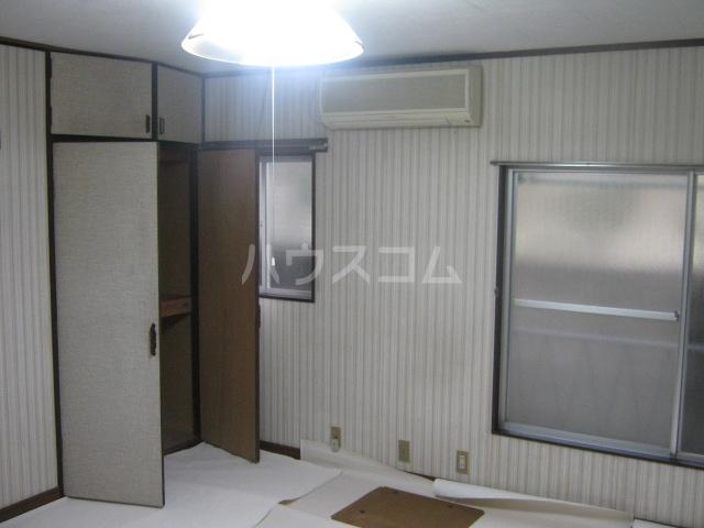 吉田荘 210号室のベッドルーム