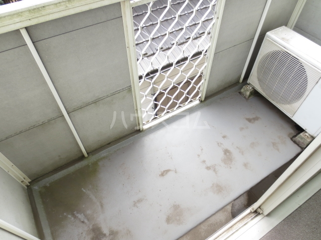サクラハイツ 105号室のバルコニー