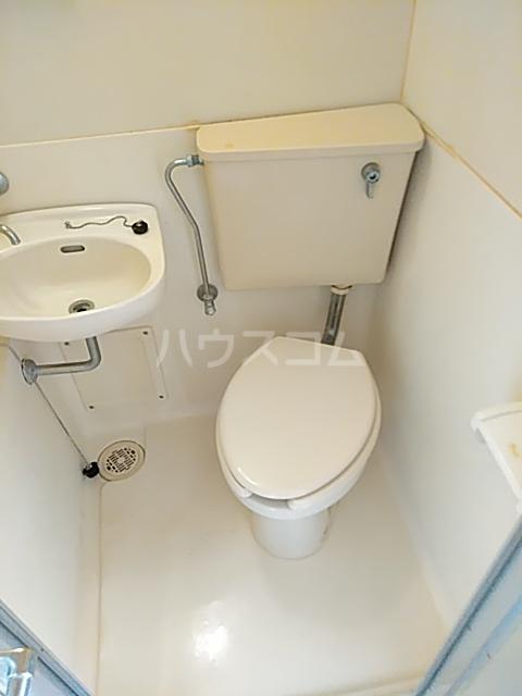 目白ガーデン 307号室のトイレ
