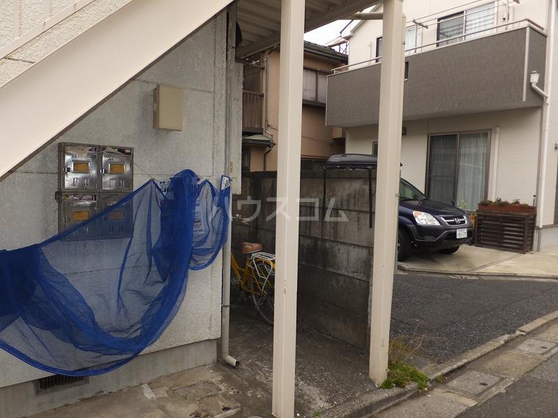 石井コーポ(大泉) 201号室のエントランス