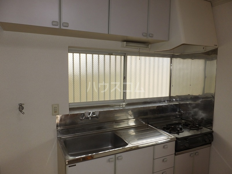 石井コーポ(大泉) 201号室のキッチン