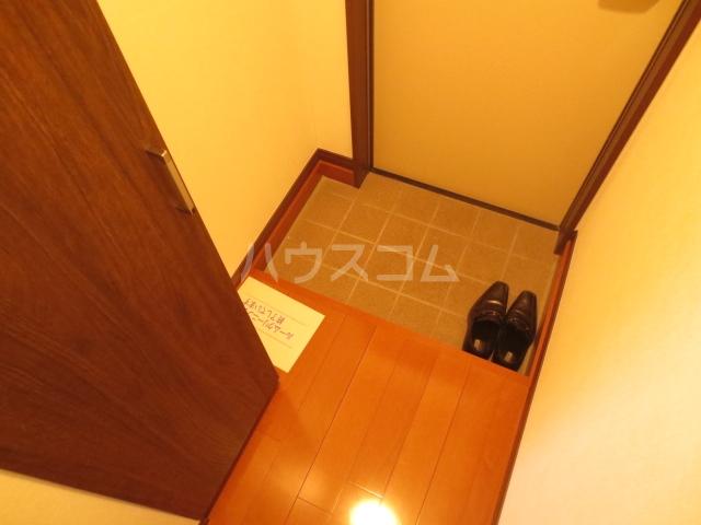 Nameki Mansion 101号室の玄関