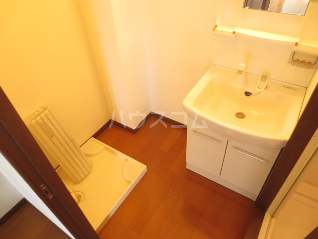 Nameki Mansion 101号室の洗面所