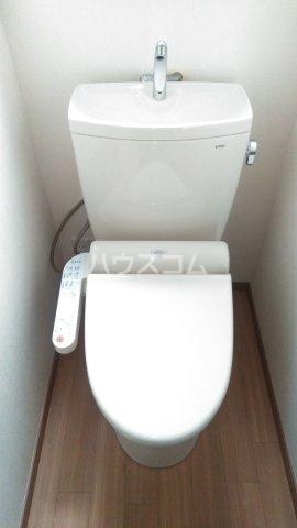 本一色一丁目戸建のトイレ