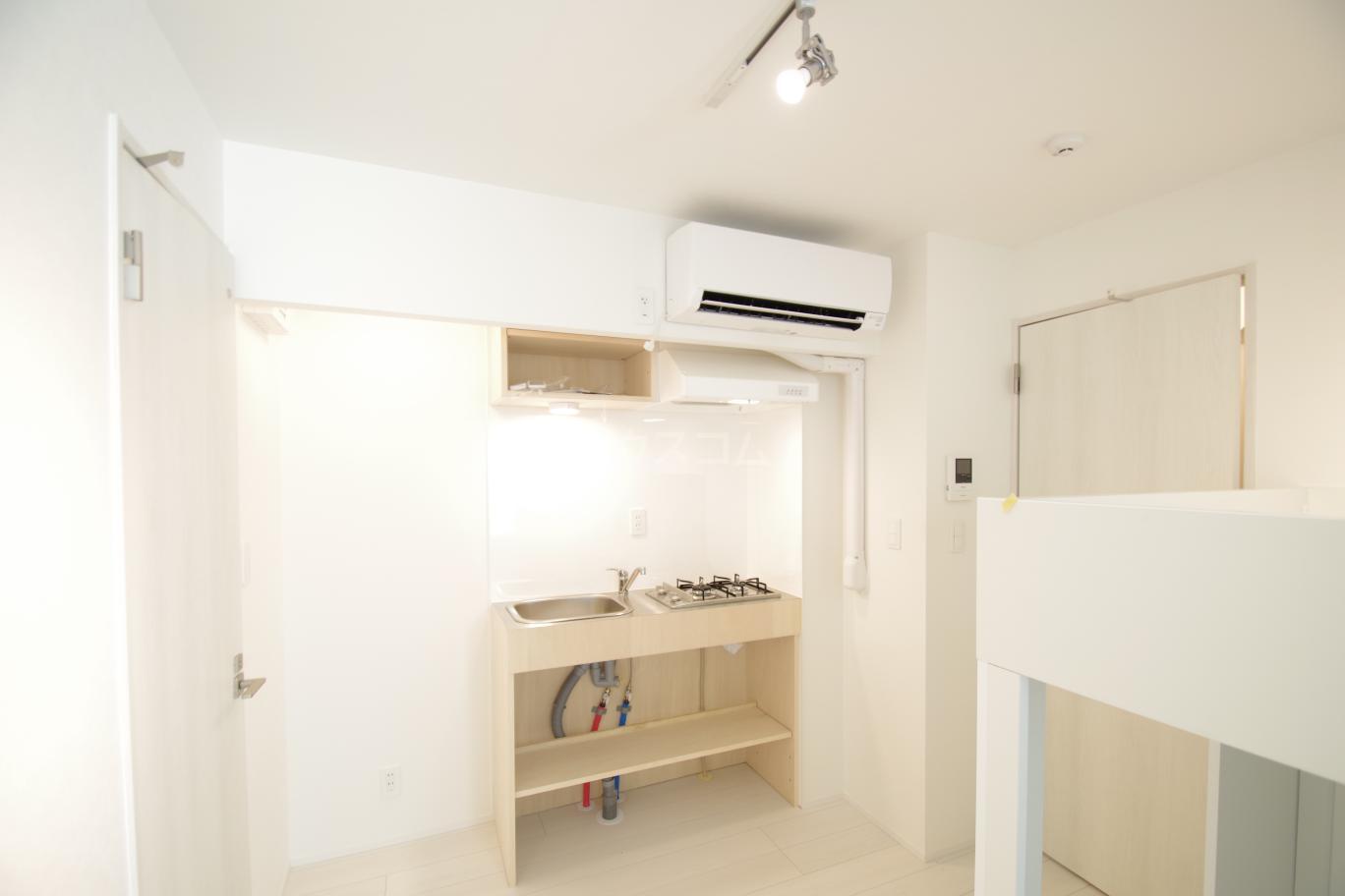 ヒルサイドレジデンス 1-A号室のキッチン