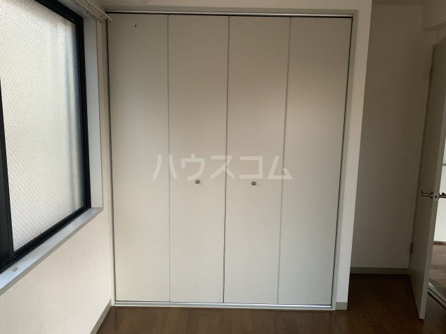 コットンハイム 202号室の収納