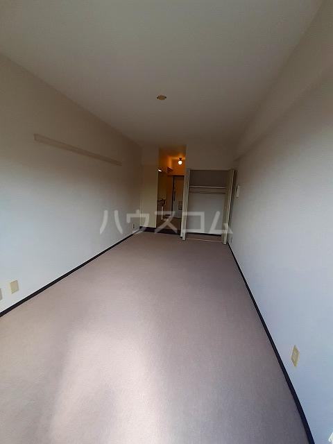 日神パレス桜台 504号室のリビング