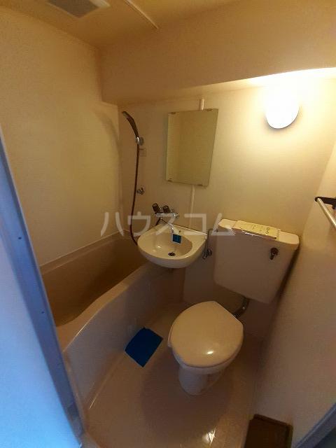 日神パレス桜台 504号室のトイレ