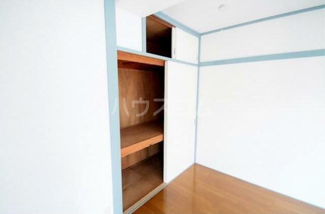 グリーンコーポラス 302号室の収納