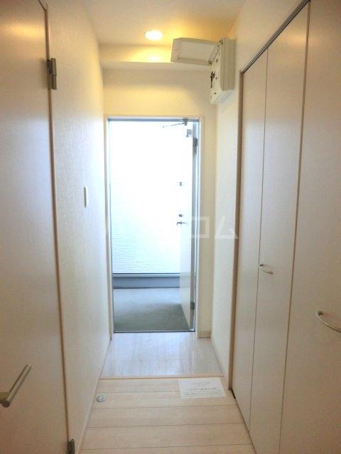 Brillia(ブリリア) 202号室の玄関