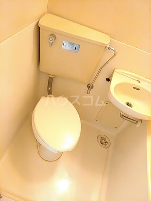 目白ガーデン 204号室のトイレ