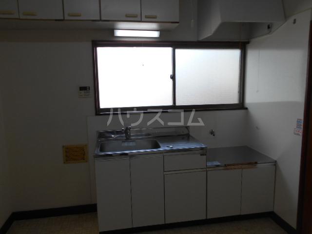 コーポ高橋 201号室のキッチン