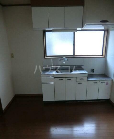 晴実荘 201号室のキッチン