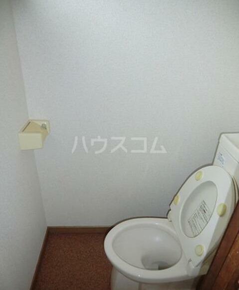 晴実荘 201号室のトイレ