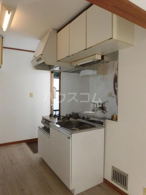 ラフィネ八王子 202号室のキッチン
