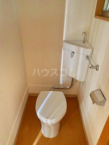 小梅マンション 203号室のトイレ