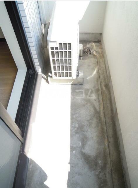 スカイコート池袋西 101号室のバルコニー