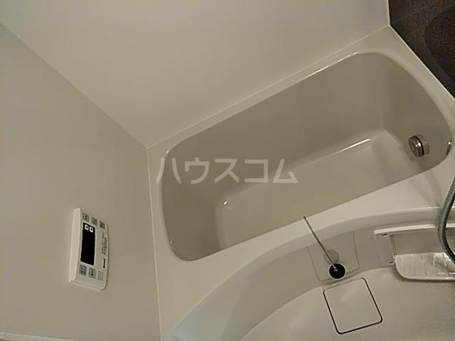 GRAVEL池袋WEST 102号室の風呂