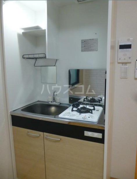 アーバンプレイス新宿落合A 103号室のキッチン