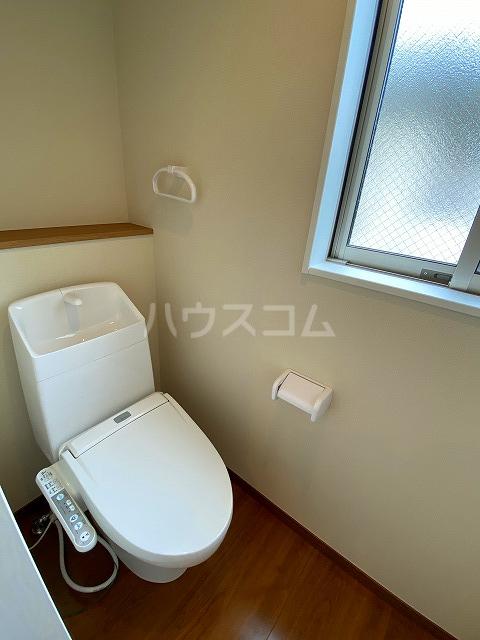 IKフラット4 207号室のトイレ