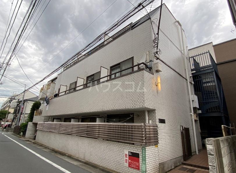 コンフォート椎名町外観写真