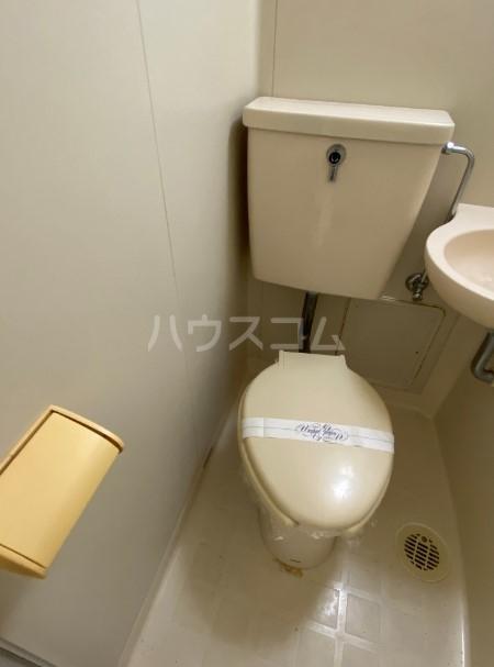 コンフォート椎名町 202号室のトイレ