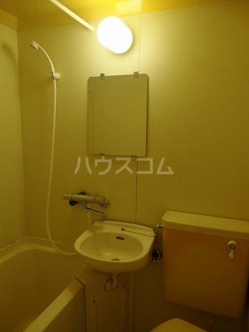 コーポイズミ 206号室の洗面所
