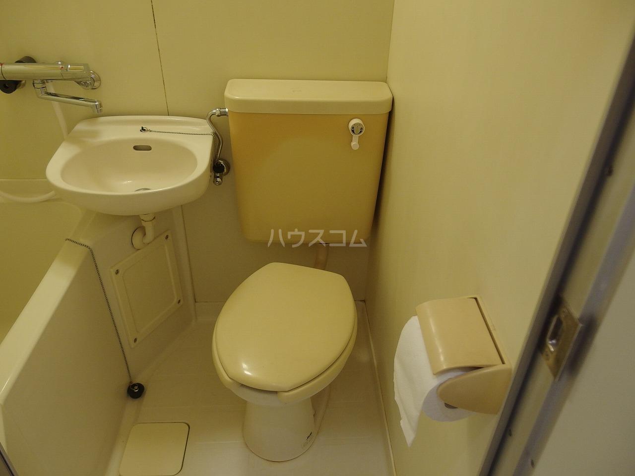 コーポイズミ 206号室のトイレ