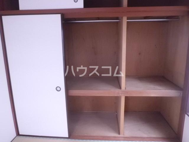 オギハイツ F-1号室の収納