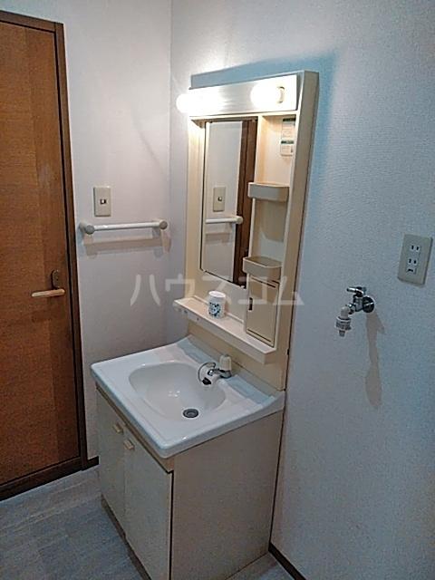 メゾンシエール 106号室の洗面所