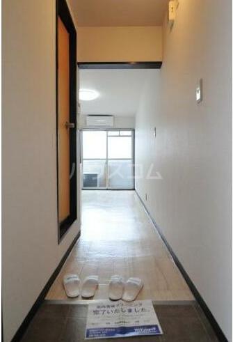 メゾン・ド・ペルシュ 0316号室の玄関