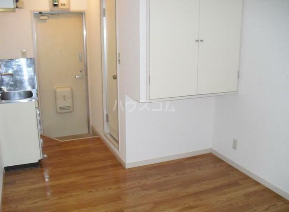 サンフラット羽沢 206号室の玄関