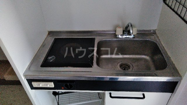 ヒルトップ覚王山 3C号室のキッチン