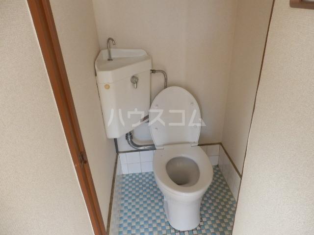 東荘 306号室のトイレ