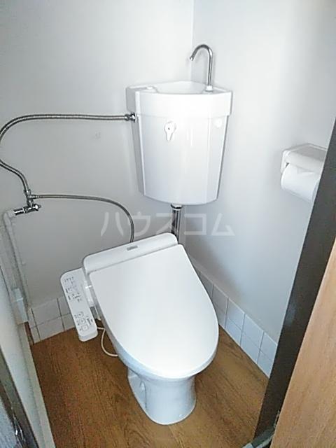 東荘 308号室のトイレ