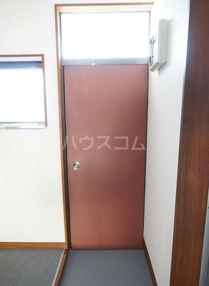 コーポオオクボ 201号室の玄関
