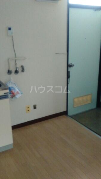グリーンハイツ 202号室の玄関