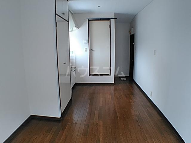 コーポ安野 203号室のリビング