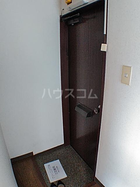 コーポ安野 203号室の玄関