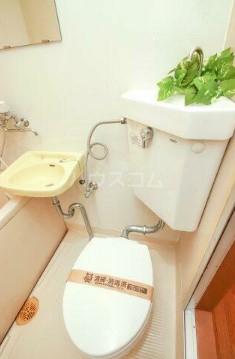 エランドール 301号室のトイレ