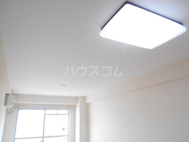 T's garden永山 416号室のリビング