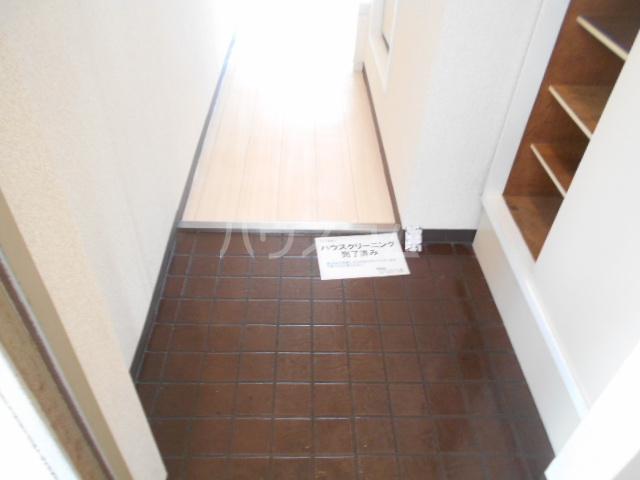 T's garden永山 416号室の玄関