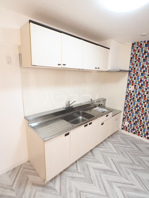 セキスイハイム徳川レジデンス 1206号室のキッチン