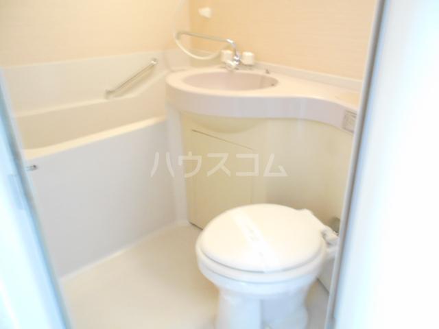 T's garden永山 514号室のトイレ