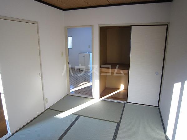 コーポ相澤A 101号室の居室