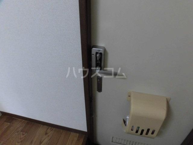 ベルゾーネ調布 101号室のセキュリティ