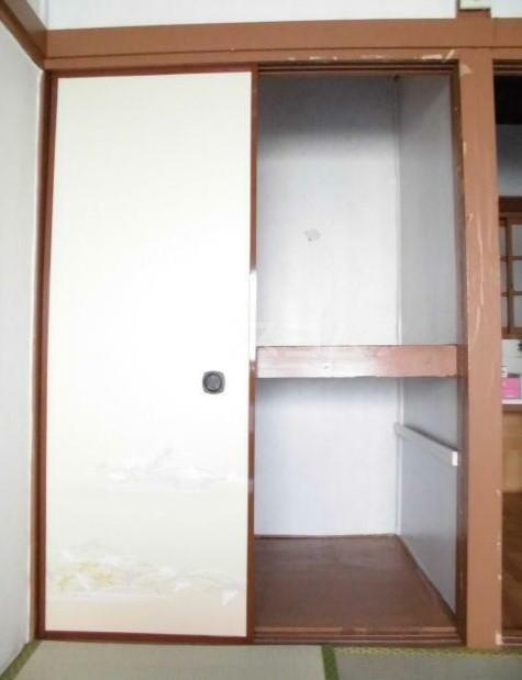 若葉荘 103号室の収納